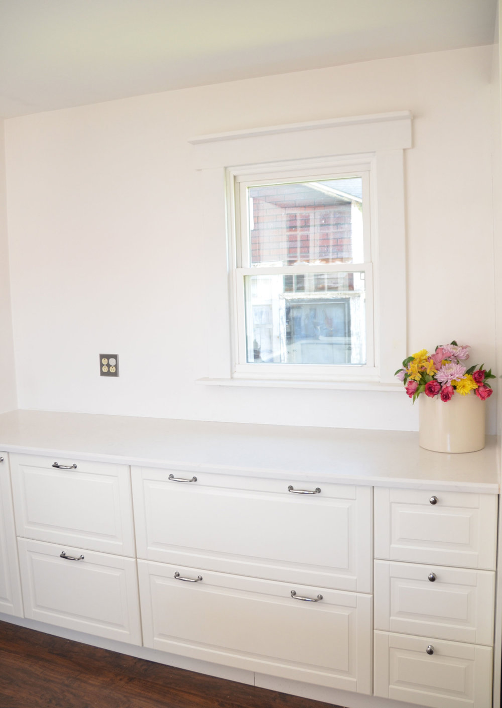 light bright ikea kitchen tour bit bauble. Black Bedroom Furniture Sets. Home Design Ideas