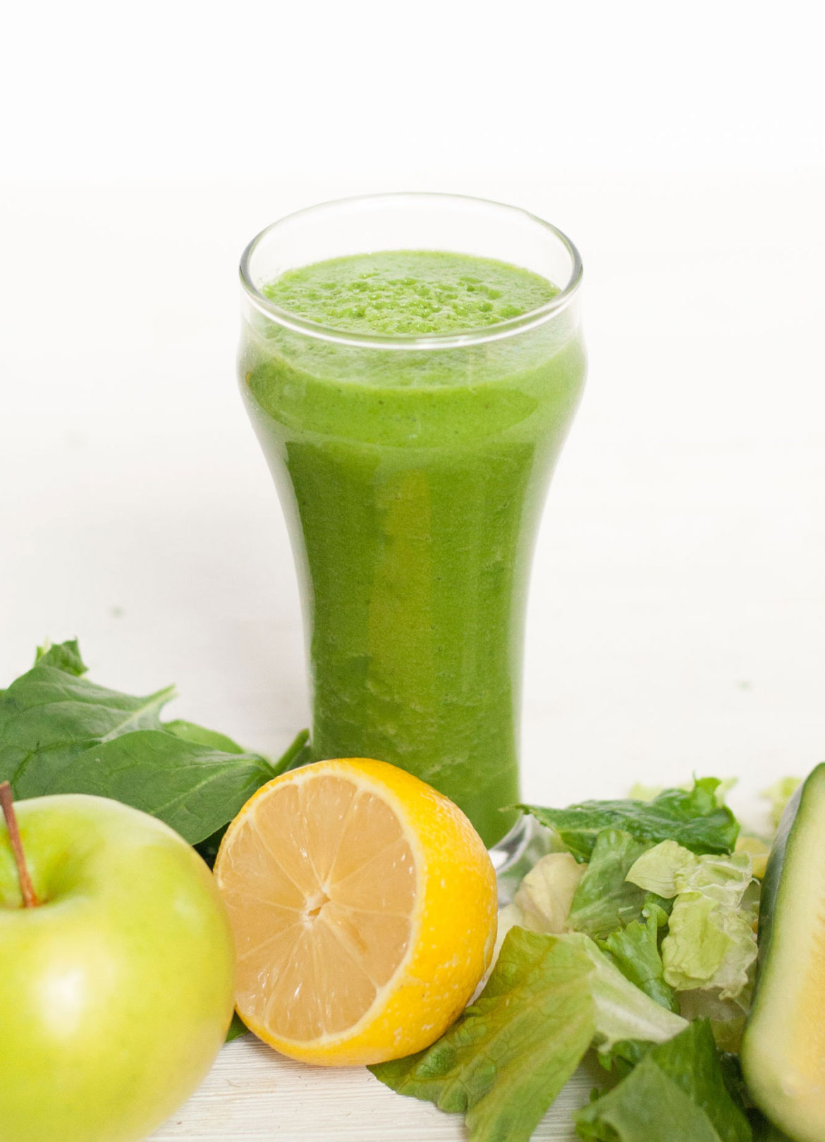 light green low calorie juice smoothie recipe