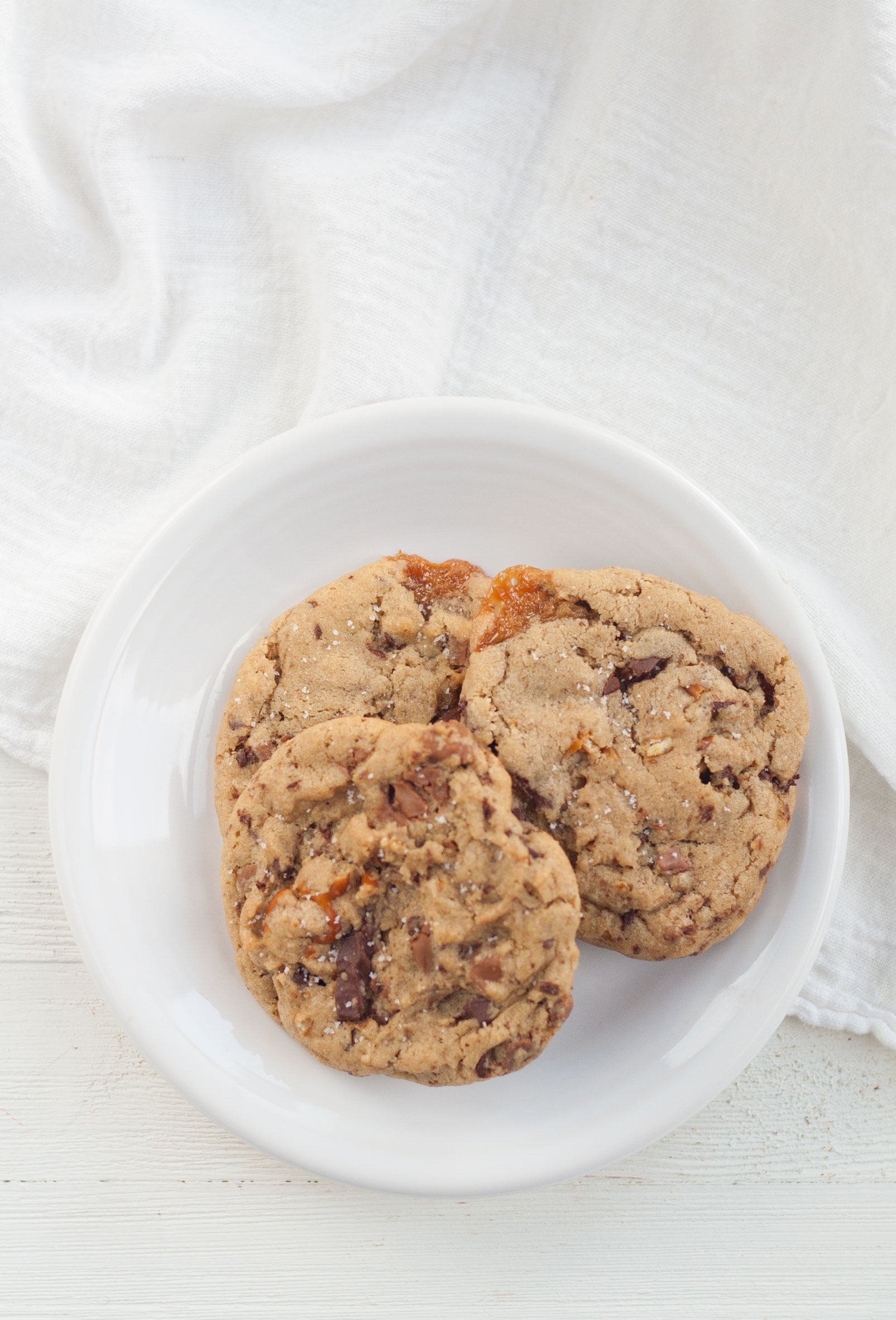 copycat panera kitchen sink cookies recipe