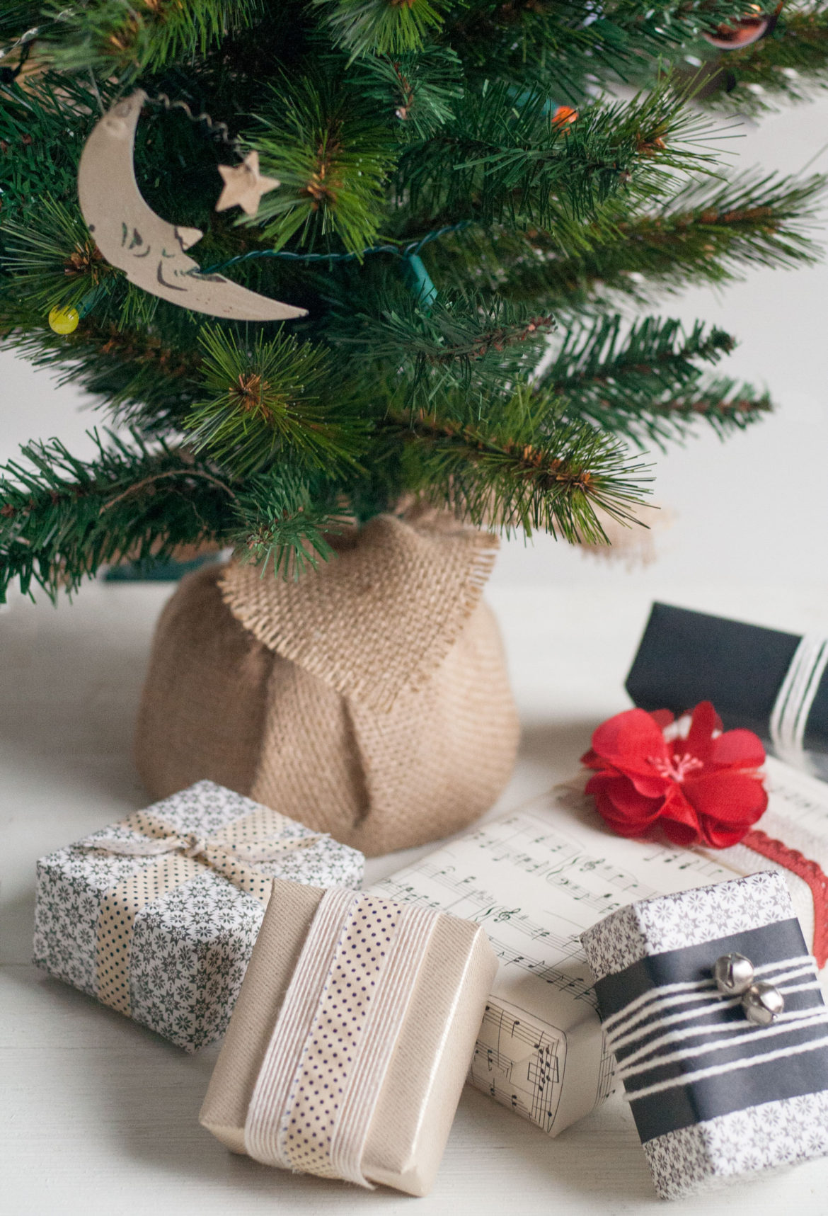 bit-and-bauble-pretty-chic-gift-wrap-christmas-presents-ideas-6